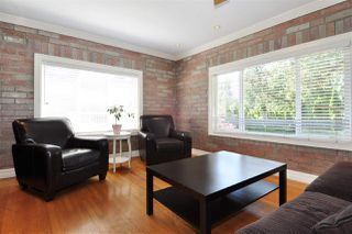 Photo 3: 575 SCHOOLHOUSE Street in Coquitlam: Central Coquitlam House for sale : MLS®# R2362247