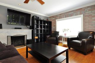 Photo 2: 575 SCHOOLHOUSE Street in Coquitlam: Central Coquitlam House for sale : MLS®# R2362247
