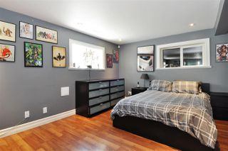 Photo 13: 575 SCHOOLHOUSE Street in Coquitlam: Central Coquitlam House for sale : MLS®# R2362247