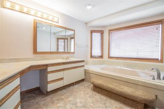 Photo 13: 333 GRAND MEADOW Crescent in Edmonton: Zone 29 House for sale : MLS®# E4155166