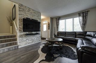 Photo 2: 4125 6A Street in Edmonton: Zone 30 House for sale : MLS®# E4156887