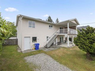Photo 20: 5767 DOLPHIN Street in Sechelt: Sechelt District House for sale (Sunshine Coast)  : MLS®# R2371016