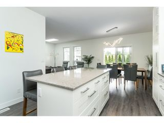 """Photo 11: 205 3665 244 Street in Langley: Otter District Manufactured Home for sale in """"Langley Grove Estates"""" : MLS®# R2372975"""