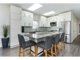 """Photo 8: 205 3665 244 Street in Langley: Otter District Manufactured Home for sale in """"Langley Grove Estates"""" : MLS®# R2372975"""