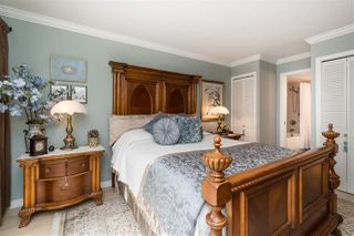 "Photo 15: 302 15015 VICTORIA Avenue: White Rock Condo for sale in ""Victoria Terrace"" (South Surrey White Rock)  : MLS®# R2378362"