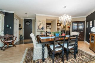 "Photo 3: 302 15015 VICTORIA Avenue: White Rock Condo for sale in ""Victoria Terrace"" (South Surrey White Rock)  : MLS®# R2378362"