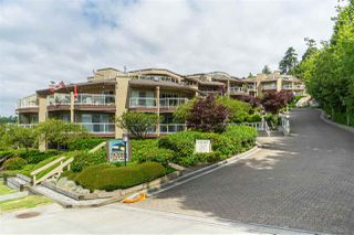 "Photo 1: 302 15015 VICTORIA Avenue: White Rock Condo for sale in ""Victoria Terrace"" (South Surrey White Rock)  : MLS®# R2378362"