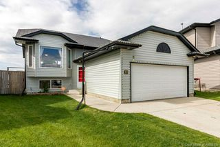 Main Photo: 38 Mcdougall Close in Penhold: PH Park Place Residential for sale : MLS®# CA0169130