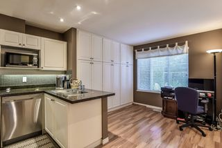 """Photo 6: 43 13499 92 Avenue in Surrey: Queen Mary Park Surrey Townhouse for sale in """"Chatham Lane"""" : MLS®# R2381176"""