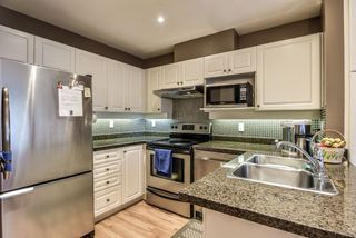"""Photo 10: 43 13499 92 Avenue in Surrey: Queen Mary Park Surrey Townhouse for sale in """"Chatham Lane"""" : MLS®# R2381176"""