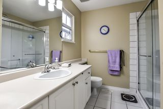 """Photo 14: 43 13499 92 Avenue in Surrey: Queen Mary Park Surrey Townhouse for sale in """"Chatham Lane"""" : MLS®# R2381176"""
