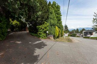 Photo 2: 34985 SKYLINE Drive in Abbotsford: Abbotsford East House for sale : MLS®# R2381747