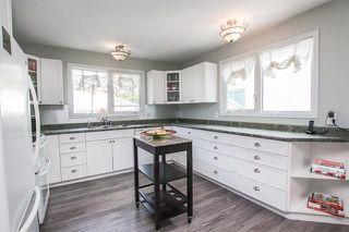 Photo 5: 11 Roselawn Bay in Winnipeg: North Kildonan Residential for sale (3F)  : MLS®# 1922070