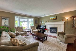 "Photo 2: 8677 147 Street in Surrey: Bear Creek Green Timbers House for sale in ""BEAR CREEK/GREENTIMBERS"" : MLS®# R2393262"