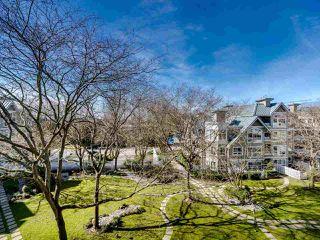 """Photo 6: 419 5900 DOVER Crescent in Richmond: Riverdale RI Condo for sale in """"THE HAMPTONS"""" : MLS®# R2445296"""