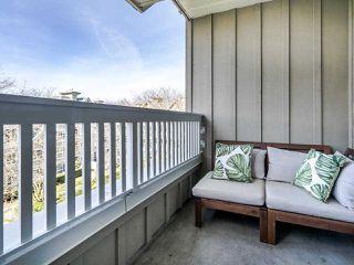 """Photo 4: 419 5900 DOVER Crescent in Richmond: Riverdale RI Condo for sale in """"THE HAMPTONS"""" : MLS®# R2445296"""