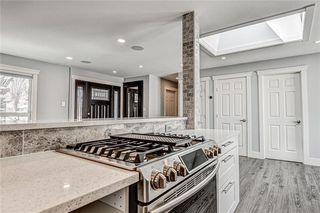 Photo 13: 324 WASCANA Crescent SE in Calgary: Willow Park Detached for sale : MLS®# C4296360