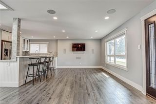 Photo 19: 324 WASCANA Crescent SE in Calgary: Willow Park Detached for sale : MLS®# C4296360
