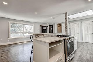 Photo 12: 324 WASCANA Crescent SE in Calgary: Willow Park Detached for sale : MLS®# C4296360