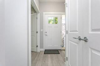 Photo 5: 9739 70 Avenue in Edmonton: Zone 17 House Half Duplex for sale : MLS®# E4200433
