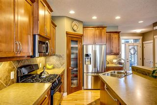 Photo 6: 2012 28 Street SW in Calgary: Killarney/Glengarry Semi Detached for sale : MLS®# A1032302
