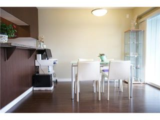 """Photo 8: 22 7370 STRIDE Avenue in Burnaby: Edmonds BE Townhouse for sale in """"MAPLEWOOD TERRACE"""" (Burnaby East)  : MLS®# V869369"""