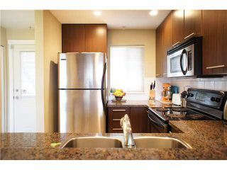 """Photo 5: 22 7370 STRIDE Avenue in Burnaby: Edmonds BE Townhouse for sale in """"MAPLEWOOD TERRACE"""" (Burnaby East)  : MLS®# V869369"""