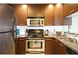 "Photo 4: 22 7370 STRIDE Avenue in Burnaby: Edmonds BE Townhouse for sale in ""MAPLEWOOD TERRACE"" (Burnaby East)  : MLS®# V869369"