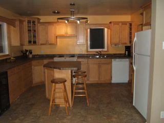Photo 3: 644 SIMPSON Avenue in WINNIPEG: East Kildonan Residential for sale (North East Winnipeg)  : MLS®# 1107282