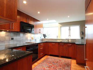 """Photo 14: 1596 ISLAND PARK Walk in Vancouver: False Creek Townhouse for sale in """"THE LAGOONS"""" (Vancouver West)  : MLS®# V922558"""