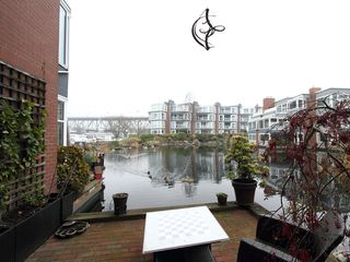 "Photo 20: 1596 ISLAND PARK Walk in Vancouver: False Creek Townhouse for sale in ""THE LAGOONS"" (Vancouver West)  : MLS®# V922558"