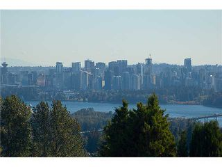 Photo 1: 701 EYREMOUNT Drive in West Vancouver: British Properties House for sale : MLS®# V925262