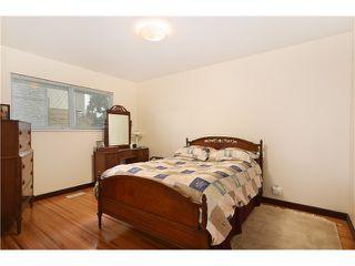 Photo 5: 5820 50TH Avenue in Ladner: Hawthorne House for sale : MLS®# V991605