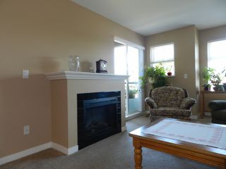 Photo 2: 348-27358 32nd Ave in Langley: Aldergrove Langley Condo for sale : MLS®# F1318039