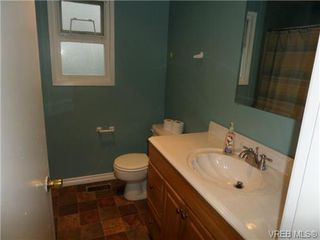 Photo 13: 1162 Lugrin Pl in VICTORIA: Es Rockheights House for sale (Esquimalt)  : MLS®# 658214