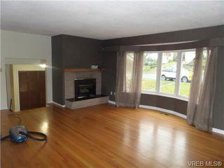 Photo 2: 1162 Lugrin Pl in VICTORIA: Es Rockheights Single Family Detached for sale (Esquimalt)  : MLS®# 658214