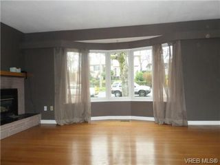 Photo 3: 1162 Lugrin Place in VICTORIA: Es Rockheights Single Family Detached for sale (Esquimalt)  : MLS®# 331403