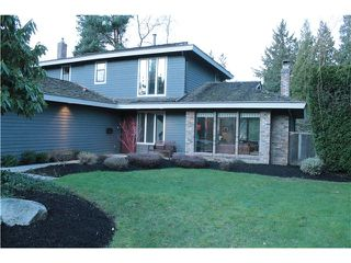 Photo 3: 13293 AMBLE GREENE Court in Surrey: Crescent Bch Ocean Pk. House for sale (South Surrey White Rock)  : MLS®# F1432257