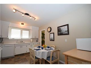 Photo 5: 1127 Rothesay Street in WINNIPEG: North Kildonan Residential for sale (North East Winnipeg)  : MLS®# 1512916