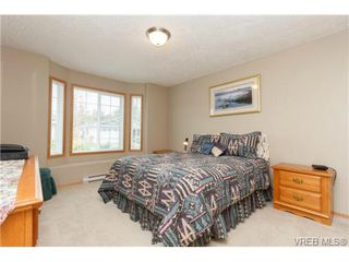 Photo 15: 101 7570 Tetayut Rd in SAANICHTON: CS Hawthorne Manufactured Home for sale (Central Saanich)  : MLS®# 714822