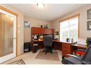 Photo 17: 101 7570 Tetayut Rd in SAANICHTON: CS Hawthorne Manufactured Home for sale (Central Saanich)  : MLS®# 714822