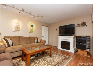 Photo 11: 101 7570 Tetayut Rd in SAANICHTON: CS Hawthorne Manufactured Home for sale (Central Saanich)  : MLS®# 714822