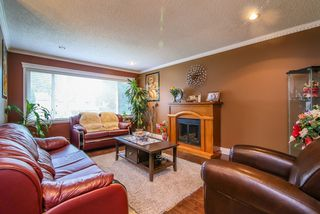 Photo 2: 6324 129A Street in Surrey: Panorama Ridge House for sale : MLS®# R2015694