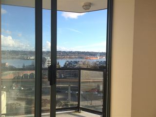 "Photo 2: 705 55 TENTH Street in New Westminster: Downtown NW Condo for sale in ""WESTMINSTER TOWERS"" : MLS®# R2039939"