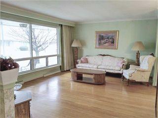 Photo 11: 10 Artreeva Drive in Toronto: Bathurst Manor House (Bungalow) for sale (Toronto C06)  : MLS®# C3458945