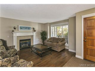 Photo 4: 3540 Sun Hills in VICTORIA: La Walfred Single Family Detached for sale (Langford)  : MLS®# 365226