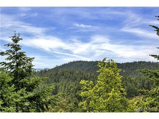 Photo 11: 3540 Sun Hills in VICTORIA: La Walfred House for sale (Langford)  : MLS®# 731718