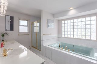 Photo 11: 1377 W 50TH Avenue in Vancouver: South Granville House for sale (Vancouver West)  : MLS®# R2086251