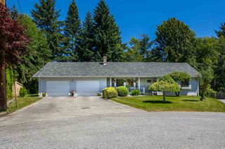 "Photo 1: 1524 CYPRESS Way in Gibsons: Gibsons & Area House for sale in ""WOODCREEK PARK"" (Sunshine Coast)  : MLS®# R2094011"