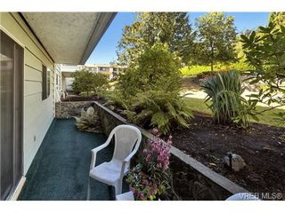 Photo 5: 112 1490 Garnet Road in VICTORIA: SE Cedar Hill Condo Apartment for sale (Saanich East)  : MLS®# 368666